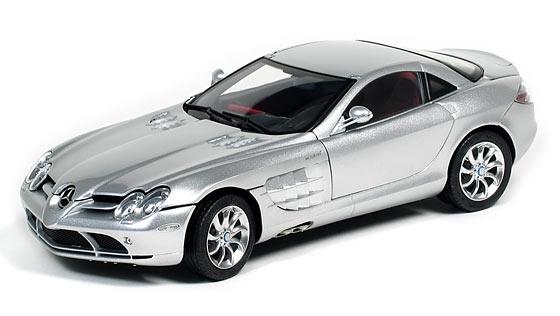 CMC Mercedes-Benz SLR McLaren, silber, Leder rot