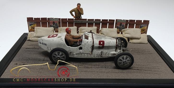 CMC Diorama Bugatti T35 Chateau Dyck