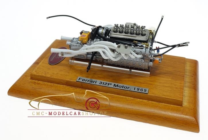 CMC Ferrari 312P Motor mit Vitrine