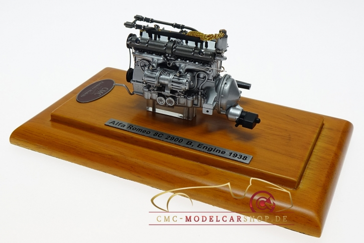 CMC Alfa-Romeo 8C 2900 B, 1938 Engine with Showcase