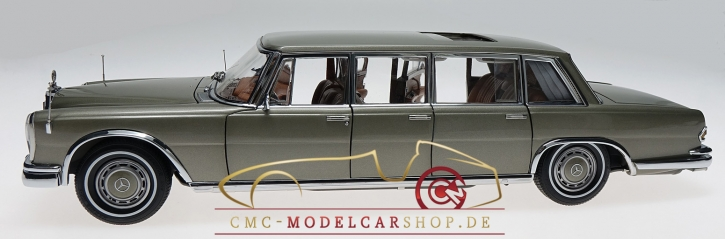 CMC Mercedes-Benz 600 Pullman with sunroof