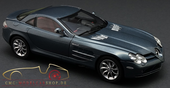 CMC Mercedes-Benz SLR McLaren, Grau Metallic, Leder rot