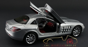 CMC Mercedes-Benz SLR McLaren, Silber metallic, Leder rot