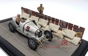 CMC Diorama Bugatti T35 Schloss Dyck