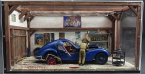 CMC Vintage Diorama Bugatti Typ 57 SC Atlantic, 6. Collectors Edition