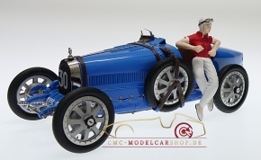"CMC Bugatti T35 ""bright blue"" Livery With a Female Racer Figurine"