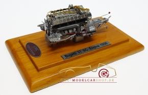 CMC Bugatti 57 SC Engine with showcase