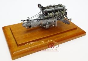 CMC Aston Martin DB4 GT, 1961 Engine with Showcase