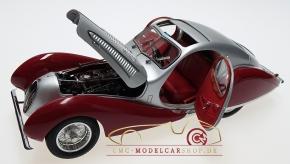 "CMC Talbot-Lago Coupé T150 C-SS Figoni & Falaschi ""Teardrop"", 1937-39, silber/rot"