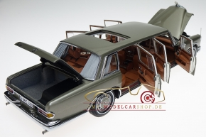 CMC Mercedes-Benz 600 W100 Pullman mit Schiebedach