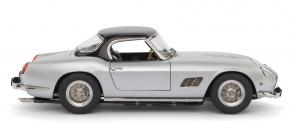 CMC Ferrari 250 SWB California Spyder silver 1960