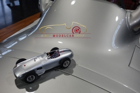 CMC Mercedes-Benz W196, Sir Stirling Moss, Signatur Edition limitiert 65 Stück
