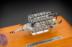 CMC Maserati 300S Engine with showcase